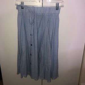 Button down flare midi skirt